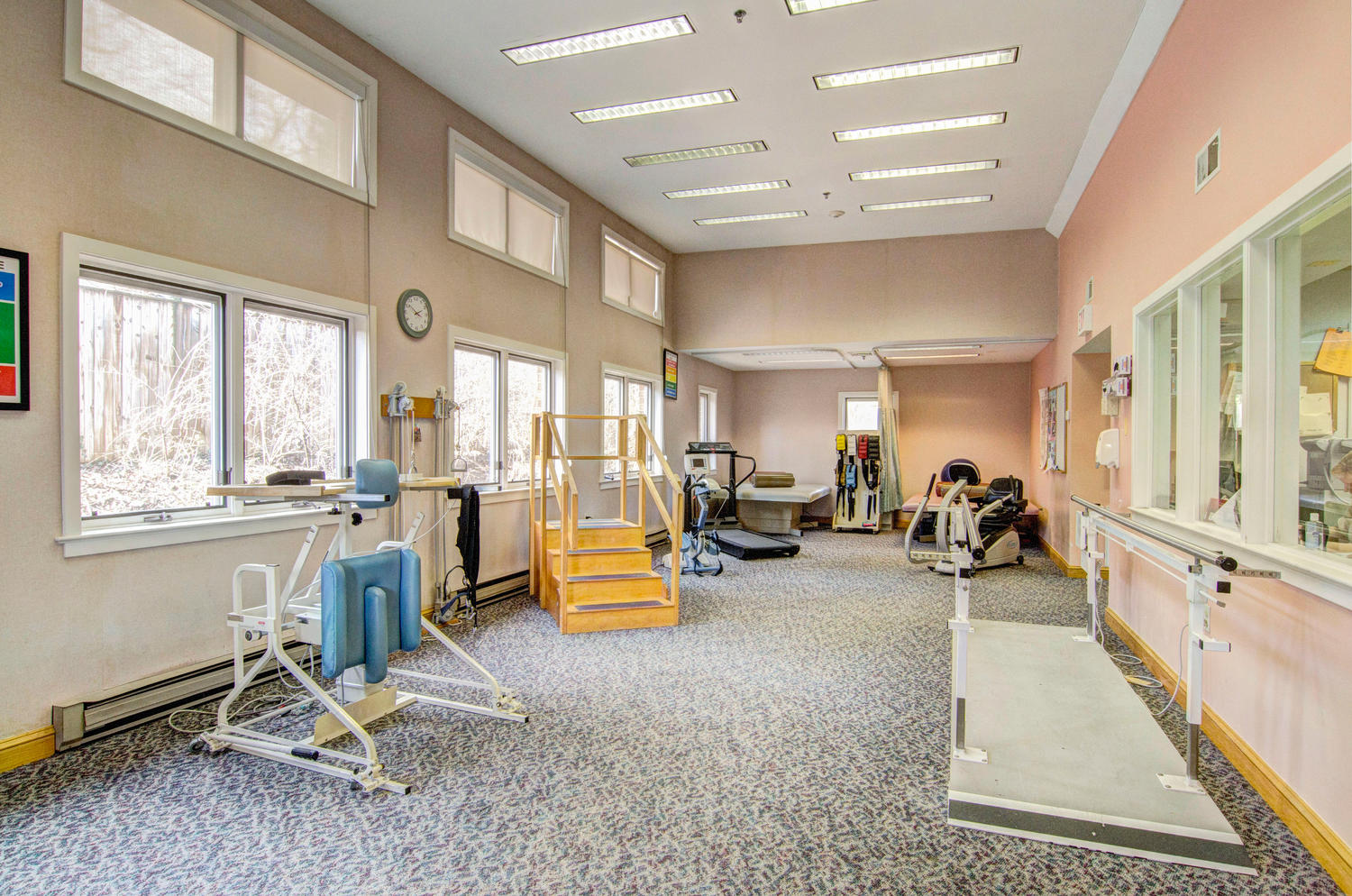 Manorcare Health Services Large 002 Rehab Gym 1500X994 72Dpi