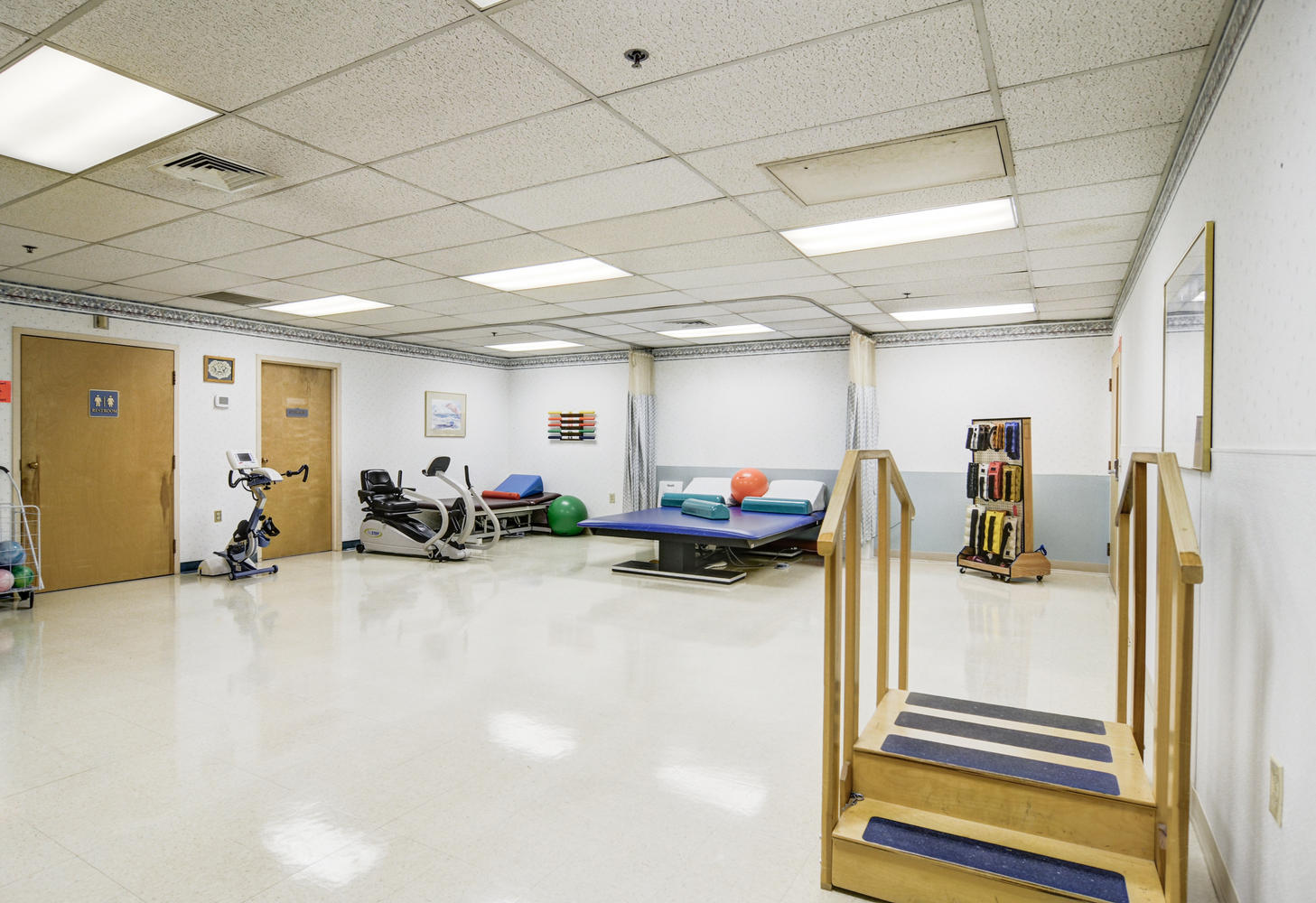 Manorcare Health Services Large 005 Therapy Gym 1457X1000 72Dpi