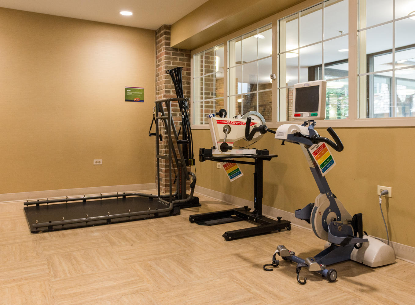 Manorcare Health Services Large 030 Rehab Gym 1358X1000 72Dpi