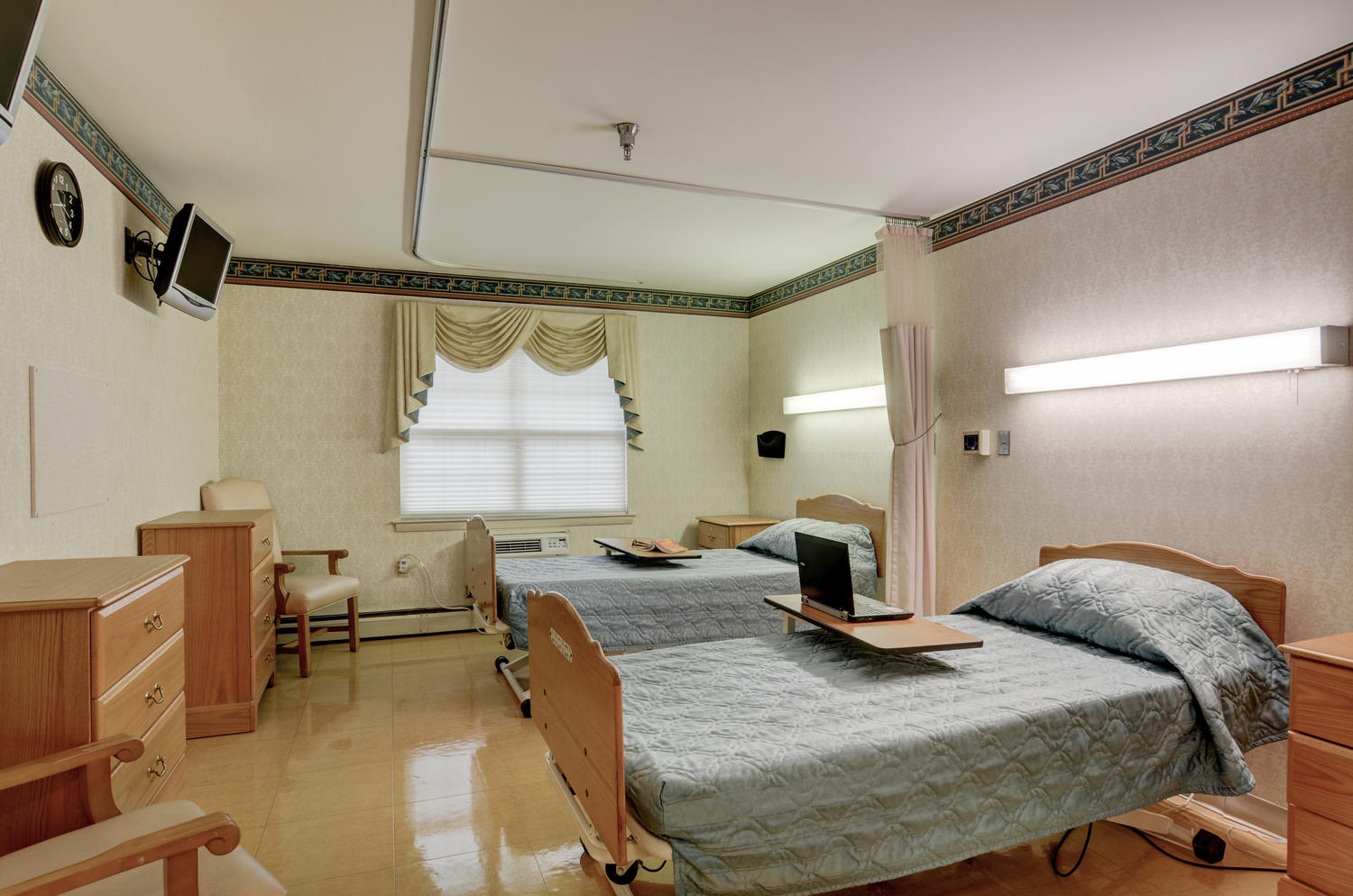 Manorcare Health Services Large 008 Semiprivate Patient Room 1500X994 72Dpi