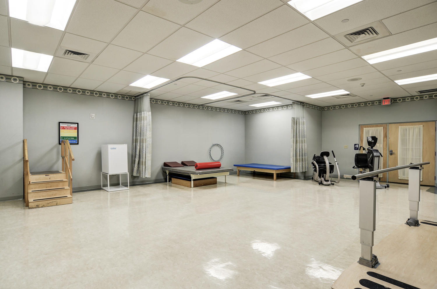 Manorcare Health Services Large 004 Therapy Gym 1500X994 72Dpi