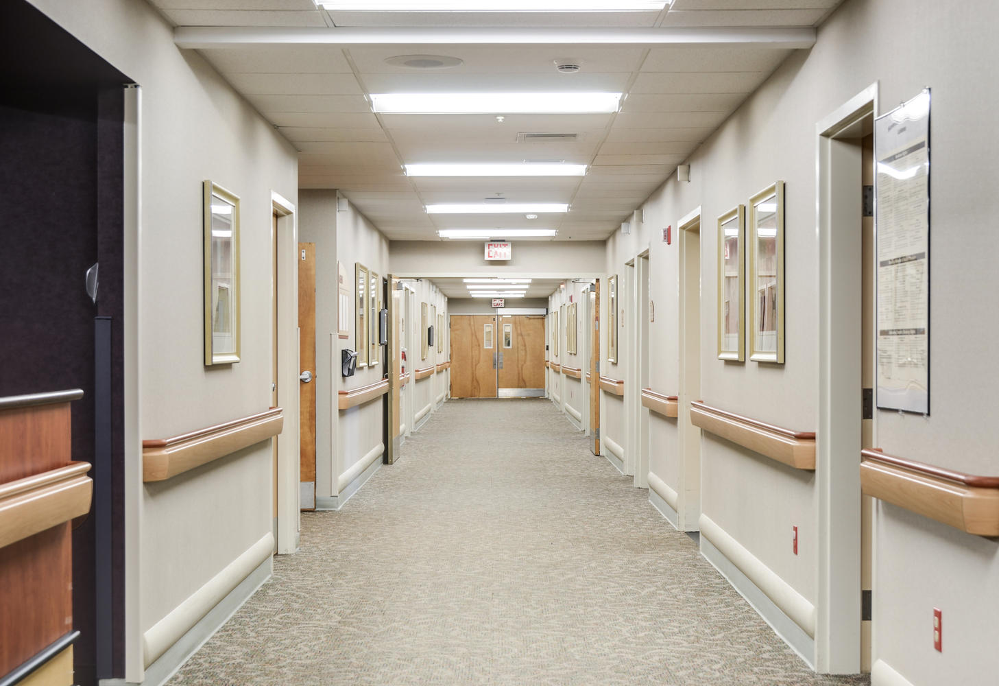 Manorcare Health Services Large 002 Hallway 10 1457X1000 72Dpi