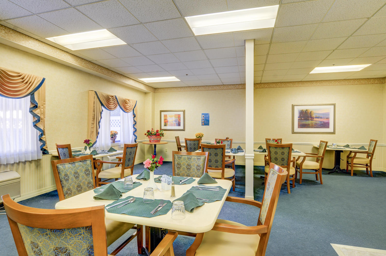 Manorcare Health Large 018 Dining Room Area 1500X994 72Dpi