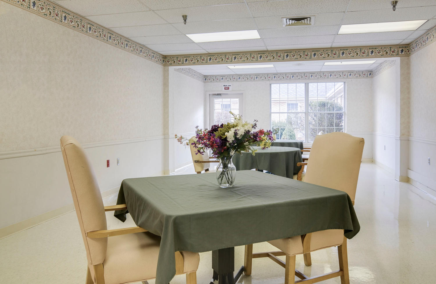 Manorcare Health Services Large 009 Dining Room 1500X977 72Dpi