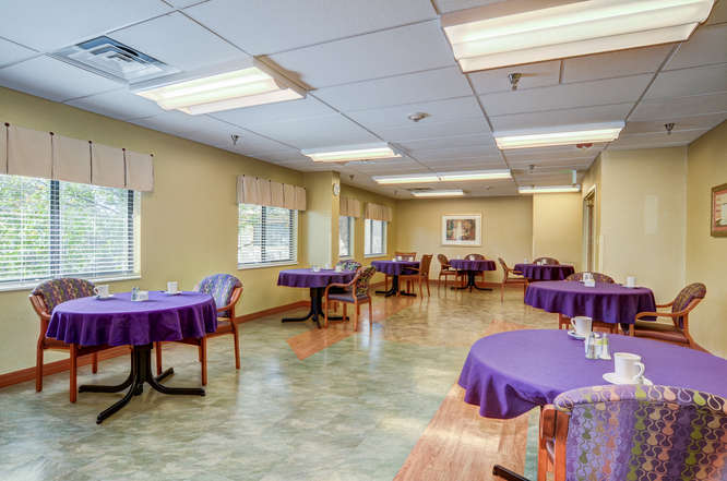 ManorCare Health Services -small-018-15-Dining Room-666x442-72dpi.jpg
