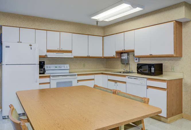 HEARTLAND OF CHILLICOTHE-small-010-8-Therapy Kitchen-666x453-72dpi.jpg