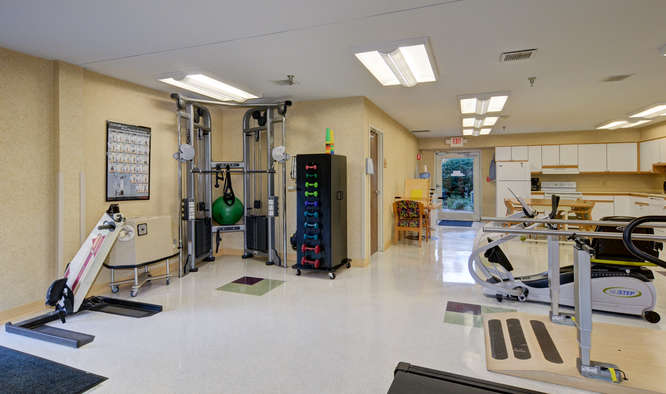 HEARTLAND OF CHILLICOTHE-small-006-15-Therapy Gym-666x394-72dpi.jpg