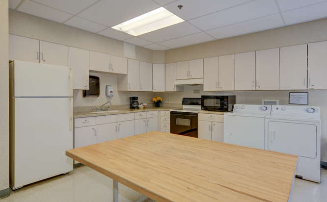 Heartland of Westerville-small-008-6-Occupational Therapy Kitchen-666x412-72dpi.jpg