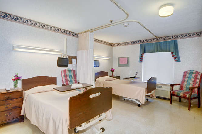 Heartland of Westerville-small-014-13-Semi Private Patient Room-666x442-72dpi.jpg