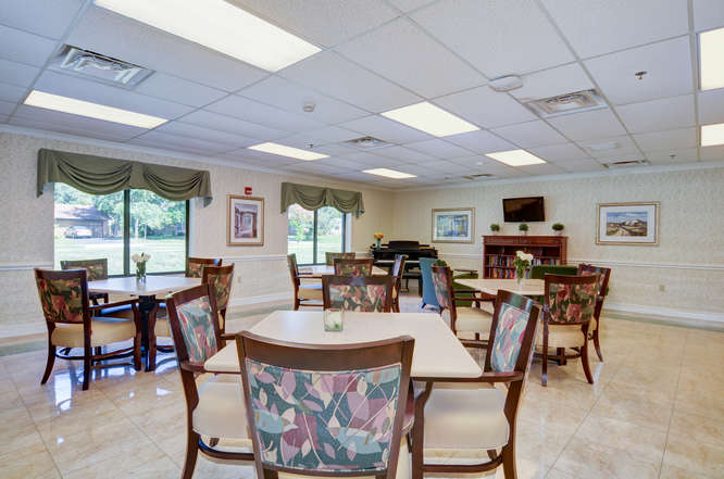 Heartland of Westerville-small-019-16-MedBridge Dining Room-666x442-72dpi.jpg